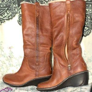 UGG Australia 'Hartley' Boot - Size 6